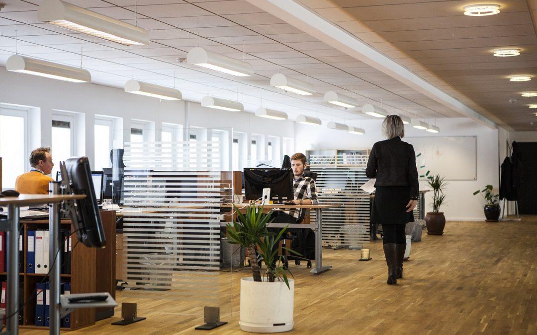 2 manieren om kantoorkosten te besparen