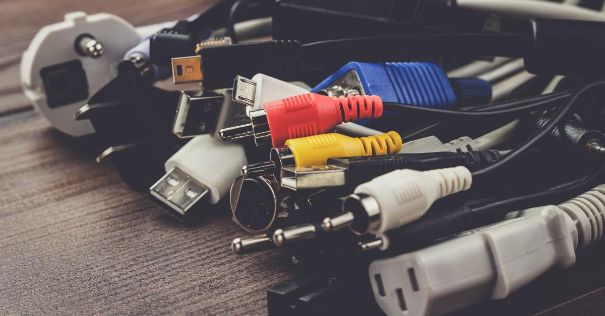 cable management servers verhuizen ict services uts van hoek verhuisbedrijf groningen